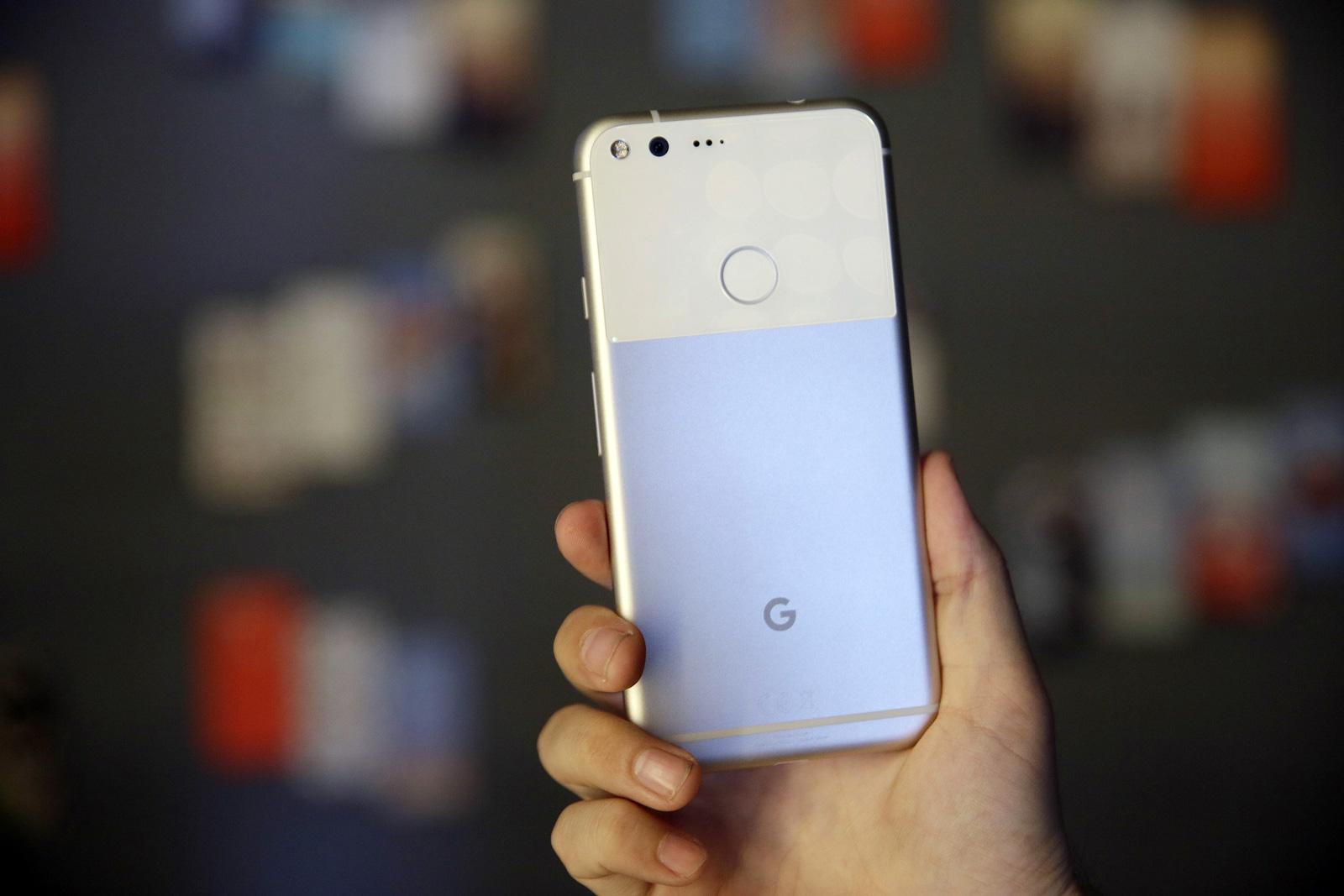 Pixel XL Vs iPhone 7 Plus