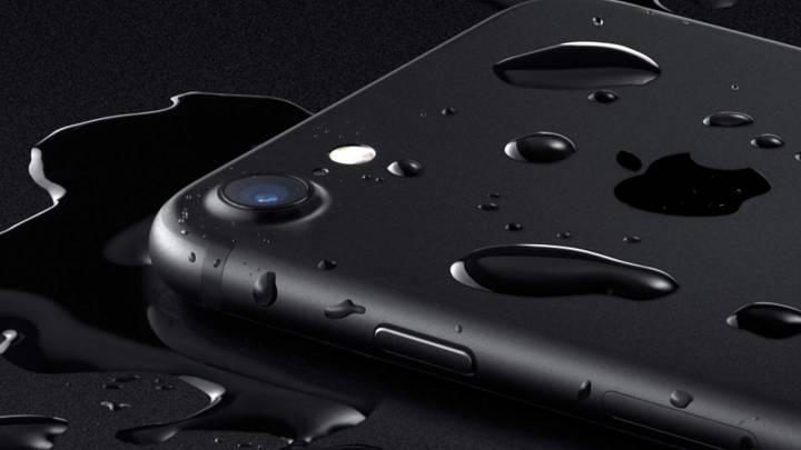 iPhone 7 Waterproof Test