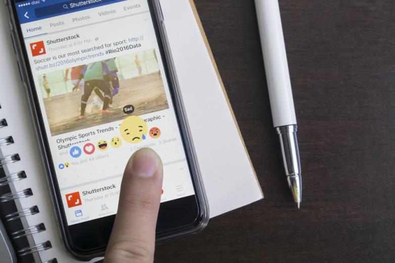 Facebook: Fake news