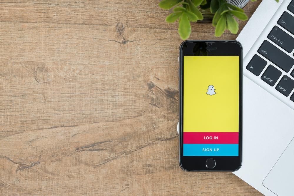 Snapchat IPO vs Facebook