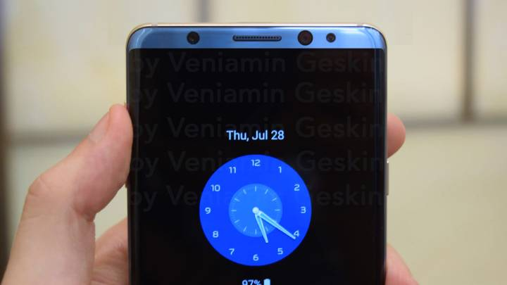 Galaxy S8 vs. Galaxy S7: Design
