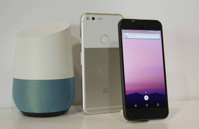 Google Pixel 2 vs. Galaxy S8 vs. iPhone 8: OLED Display