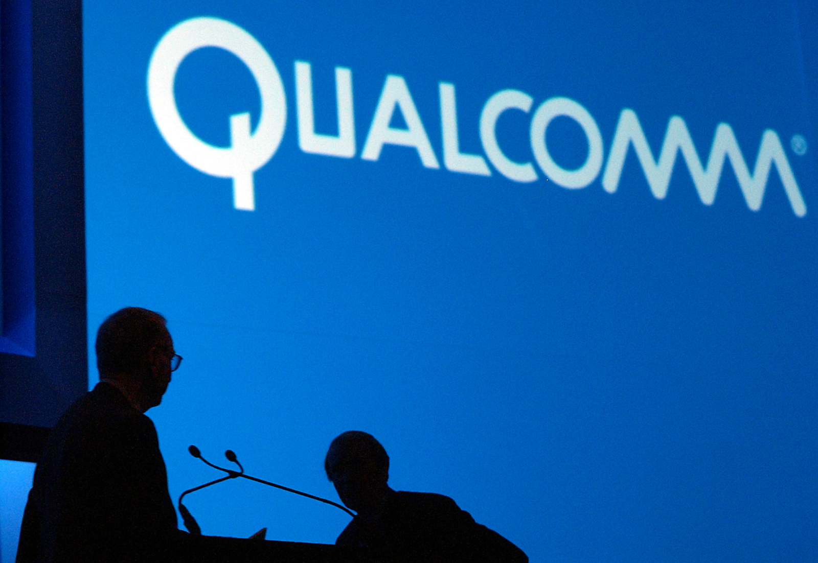 Qualcomm Antitrust Probe Apple iPhone