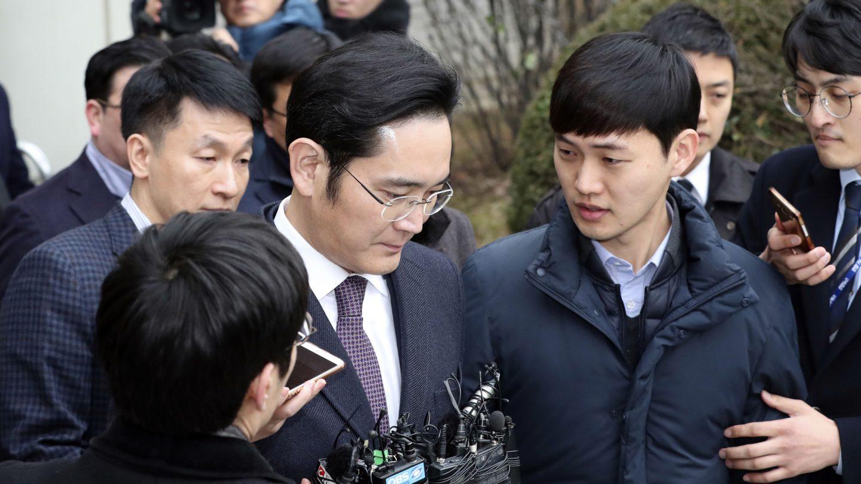 Samsung Boss Jay Y. Lee In Jail