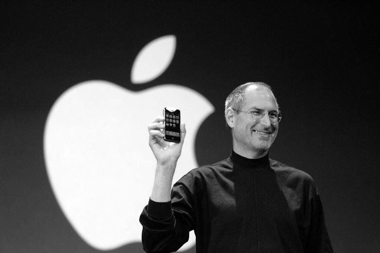 Original iPhone Steve Jobs