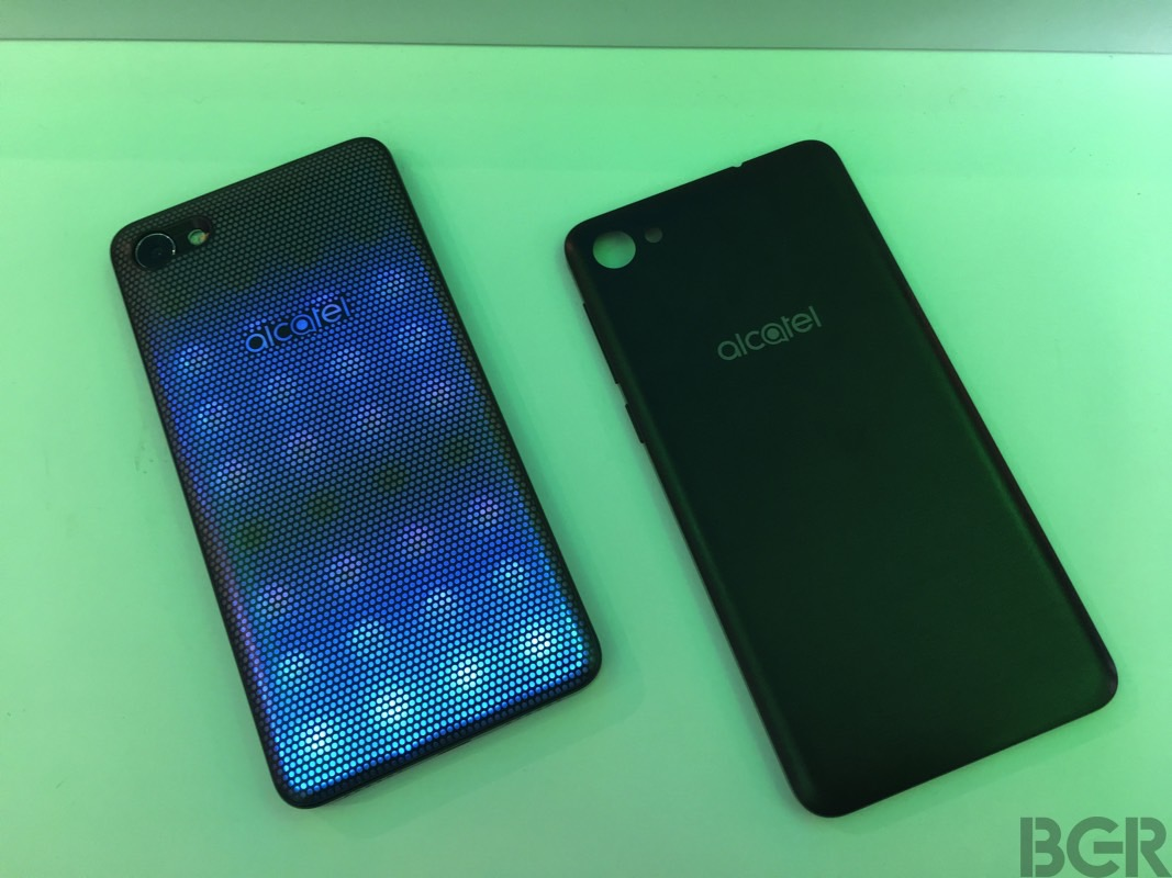 alcatel-a5-led-mwc-2017-hands-on-39