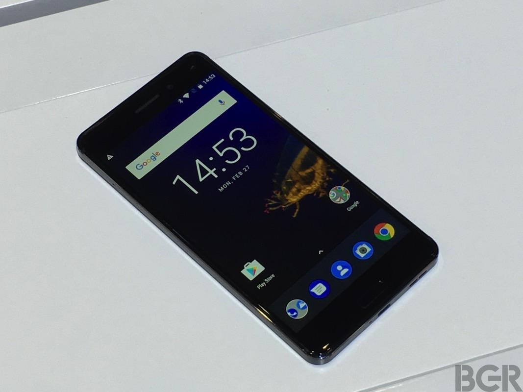 Nokia 9 vs. Galaxy S8 Design Renders
