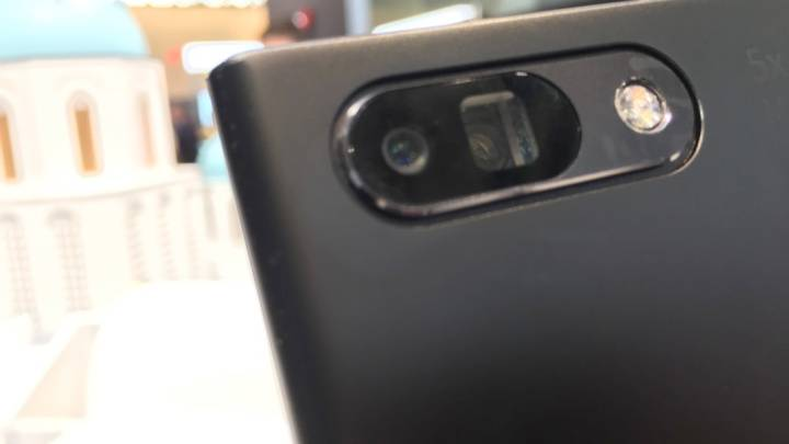 Oppo 5X Dual Camera Zoom Hands-on
