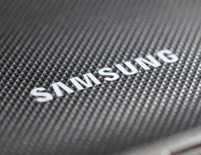 Galaxy S8 vs. Galaxy Tab S3: DeX Desktop Mode