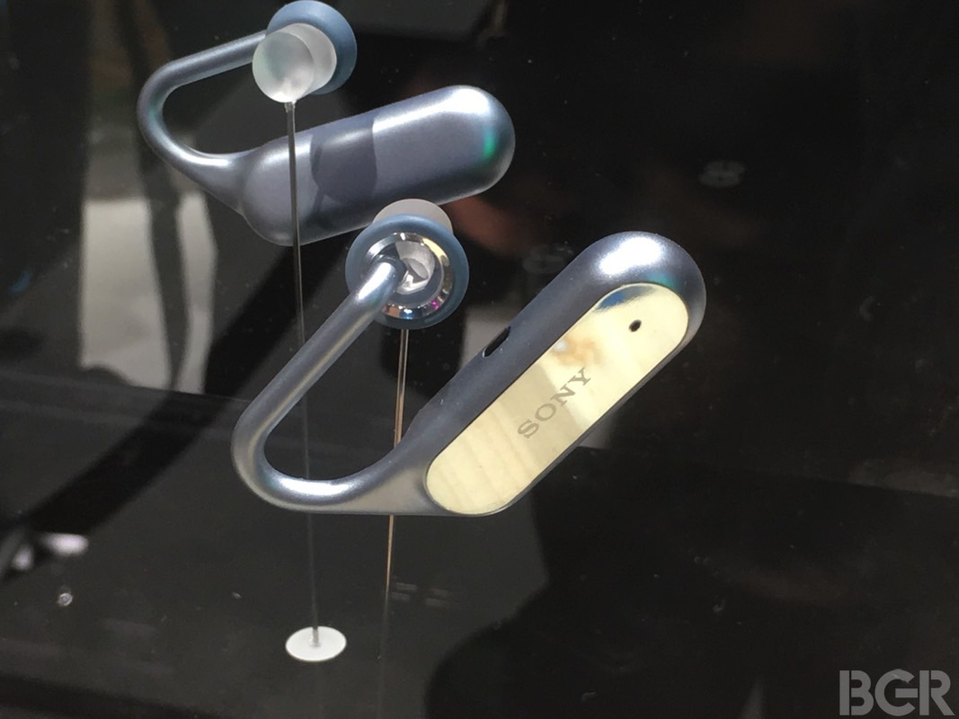 sony-xperia-ear-open-style-concept-mwc-2017-hands-on-25