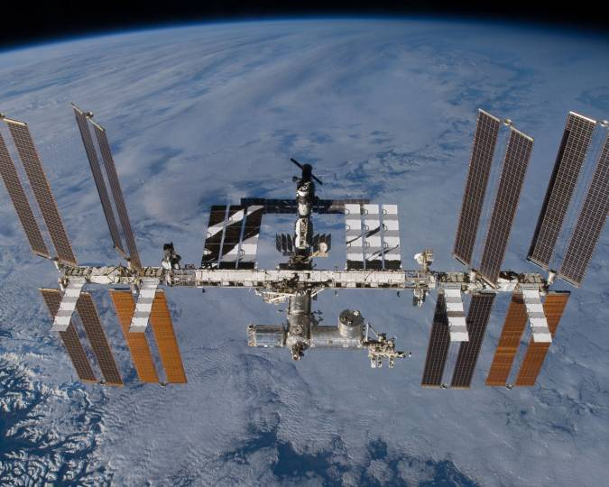 The ISS astronauts had one heck of a night last night