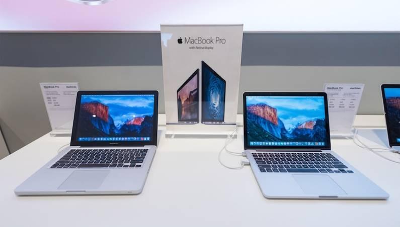 MacBook vs Surface PC