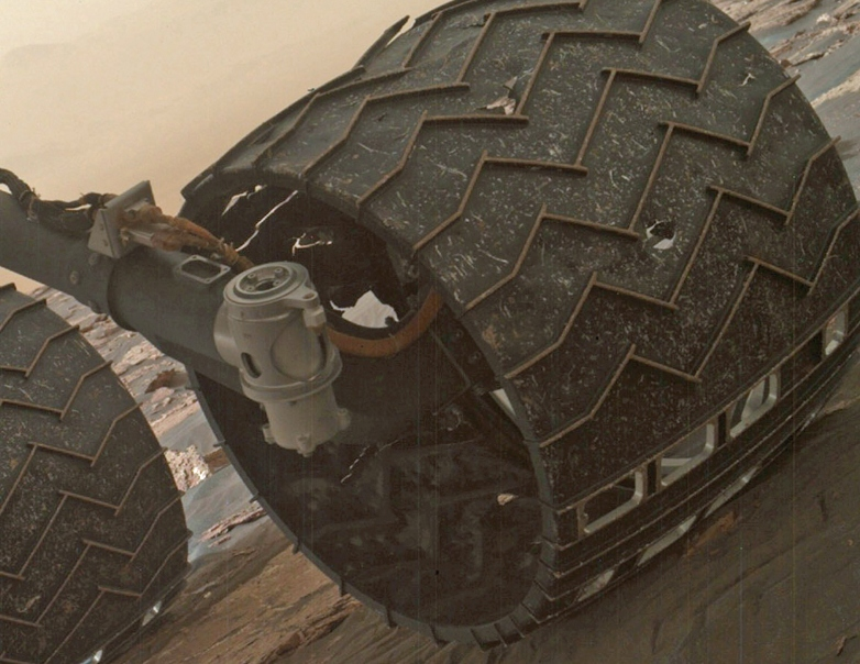 Uh oh, the Curiosity rover's wheels are starting to fall ...