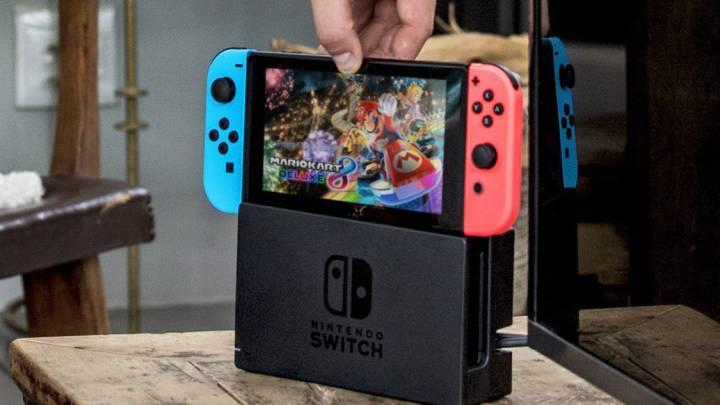 Nintendo Switch vs. PS4, Xbox One sales