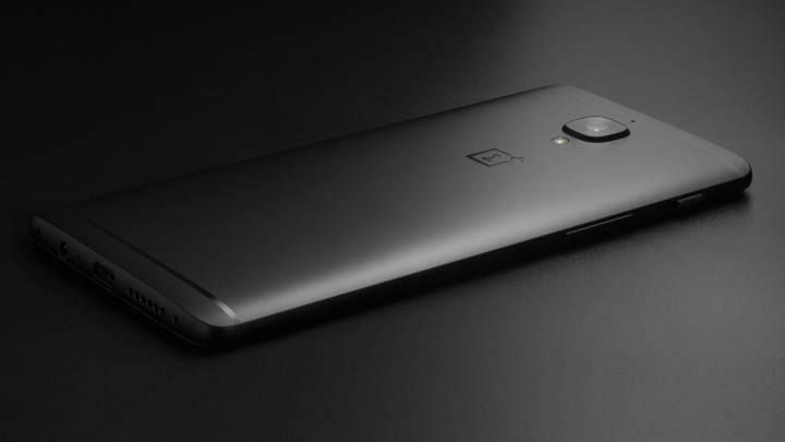 OnePlus 3T Midnight Black design