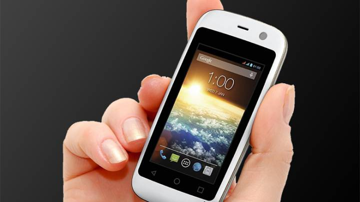 World's Smallest Smartphone