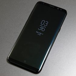 Samsung Galaxy S9 display size