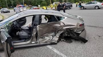 Tesla crash photos