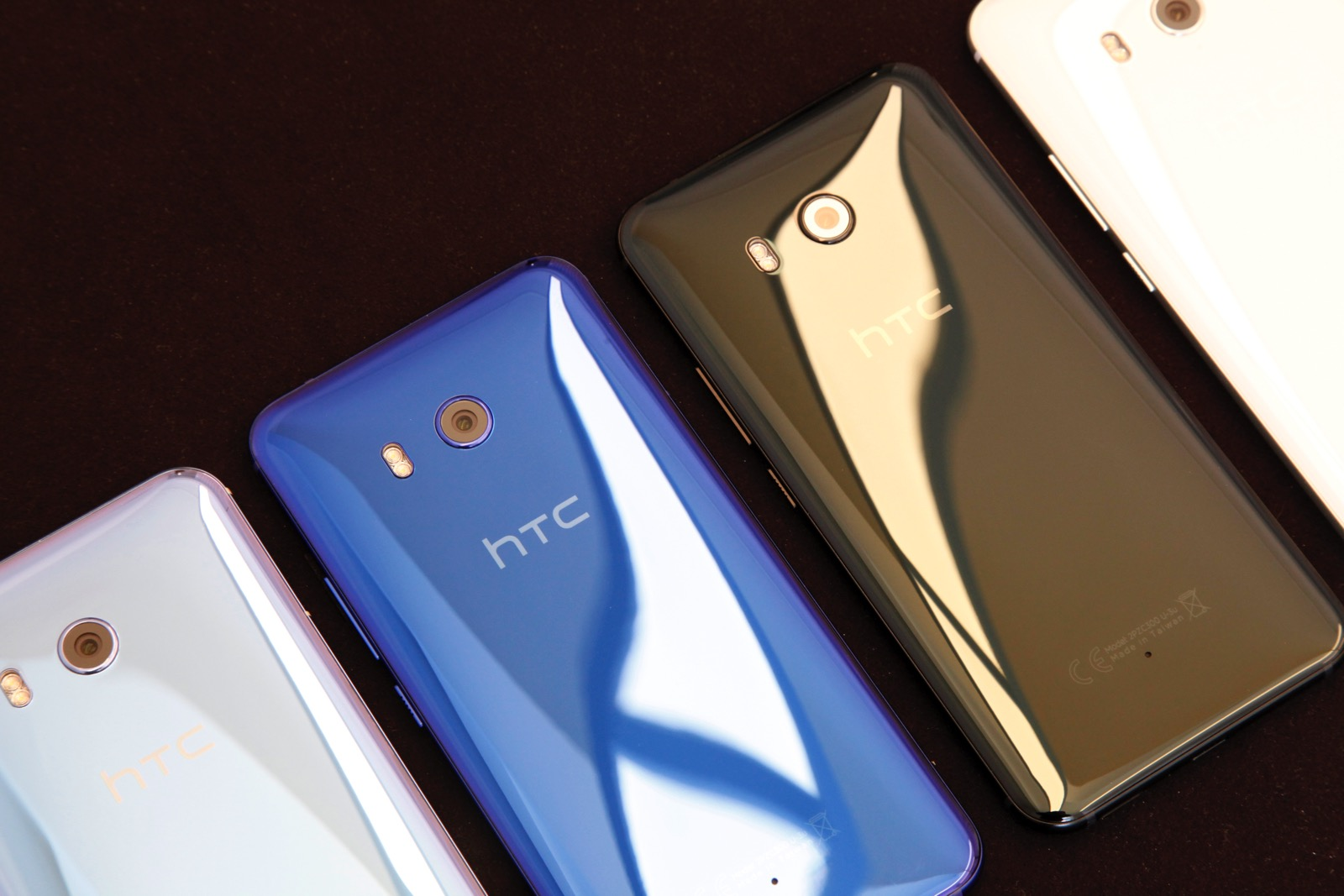 HTC U11 hands-on: Taking on the Galaxy S8 in style – BGR