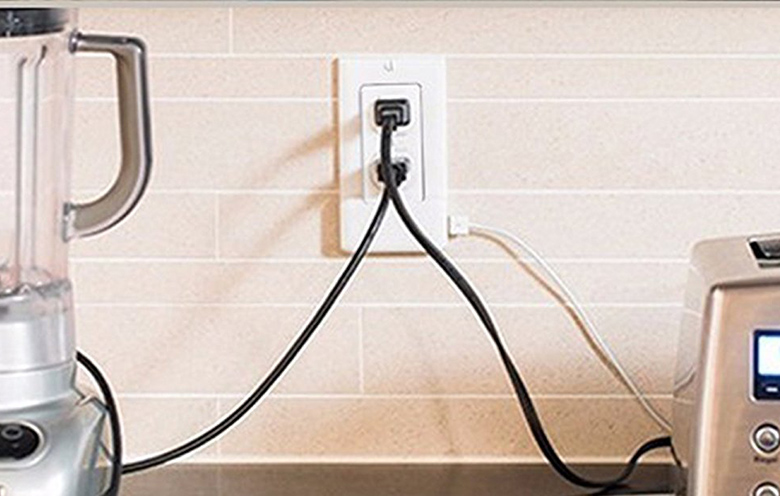 Power Outlet WIth USB Ports
