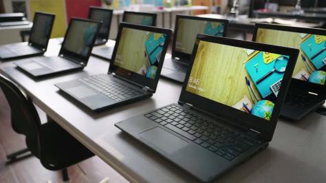 Windows 10 S vs. Chromebook