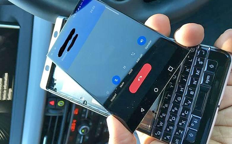 blackberry keyone issues