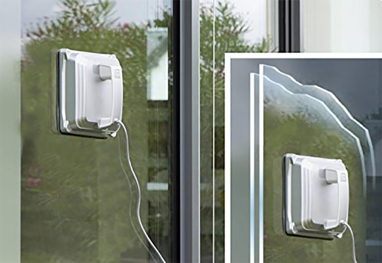 Robot Window Cleaner