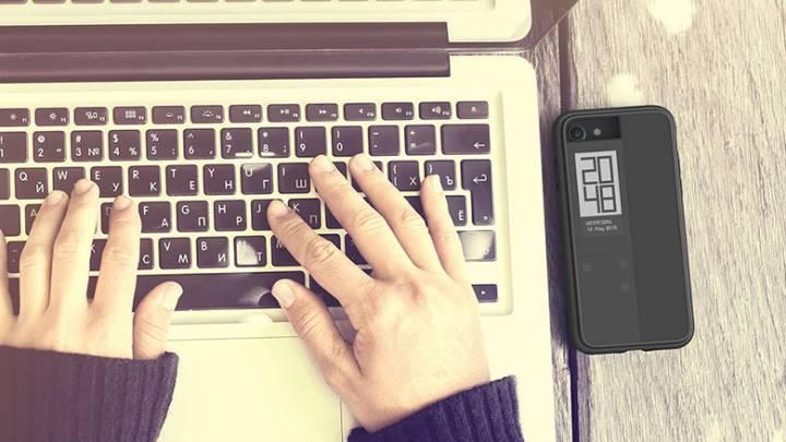 E Ink iPhone Case