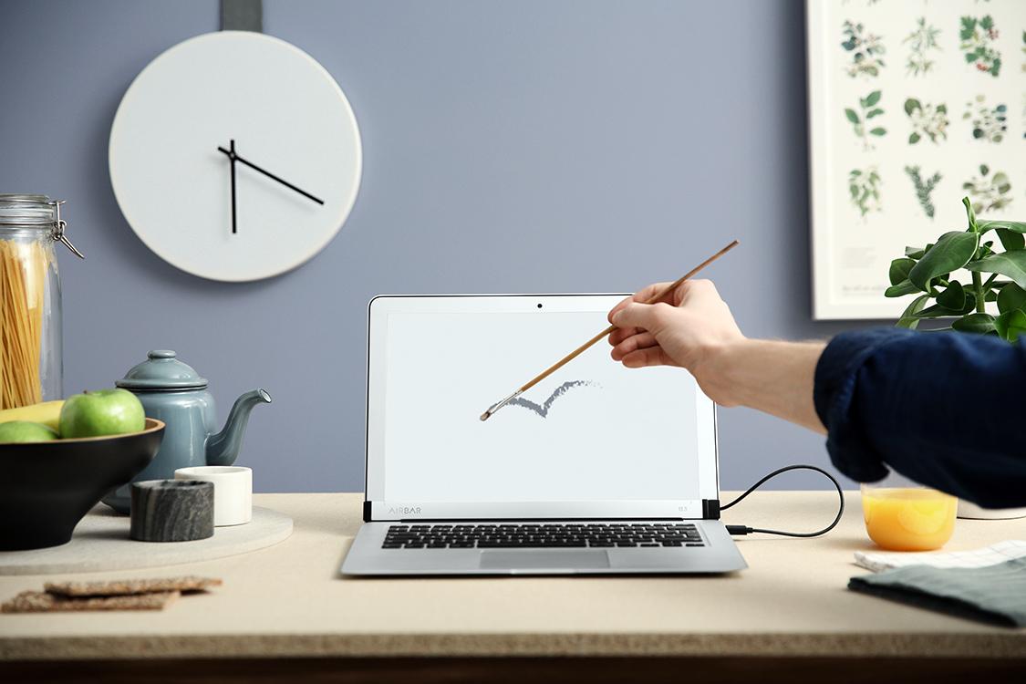 Touchscreen MacBook Air Mod