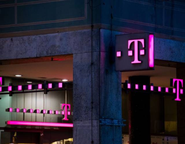 T-Mobile down