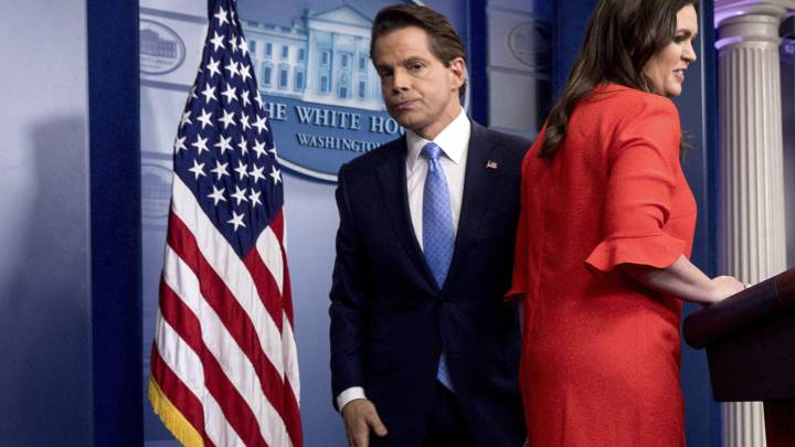 White House email scam: Scaramucci, Priebus