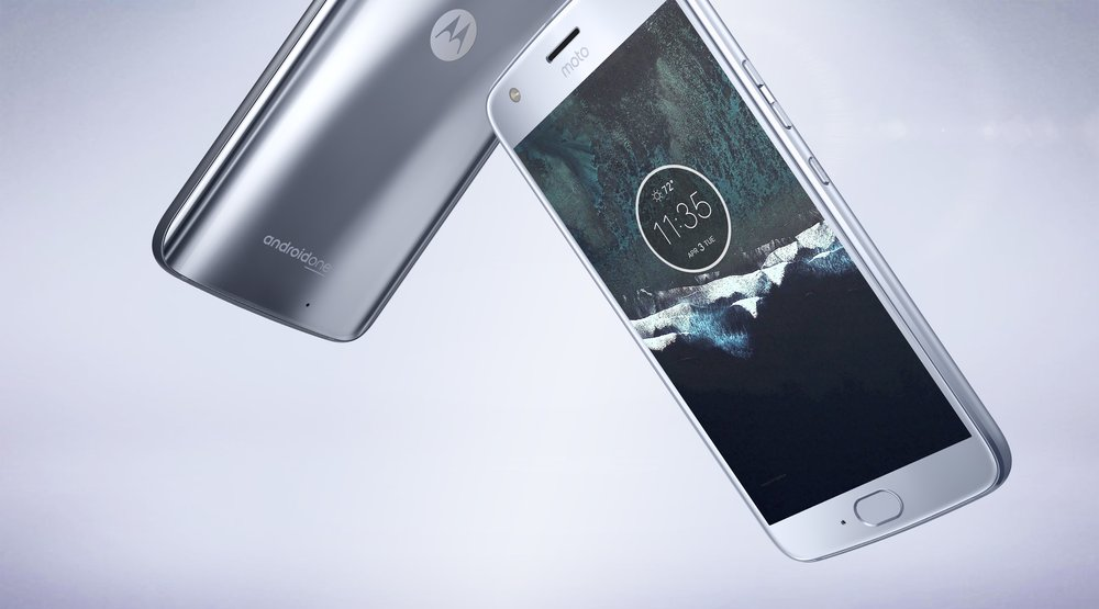 Moto X4: Google's first Android One phone