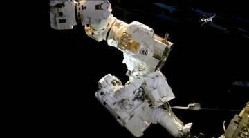 spacewalk live