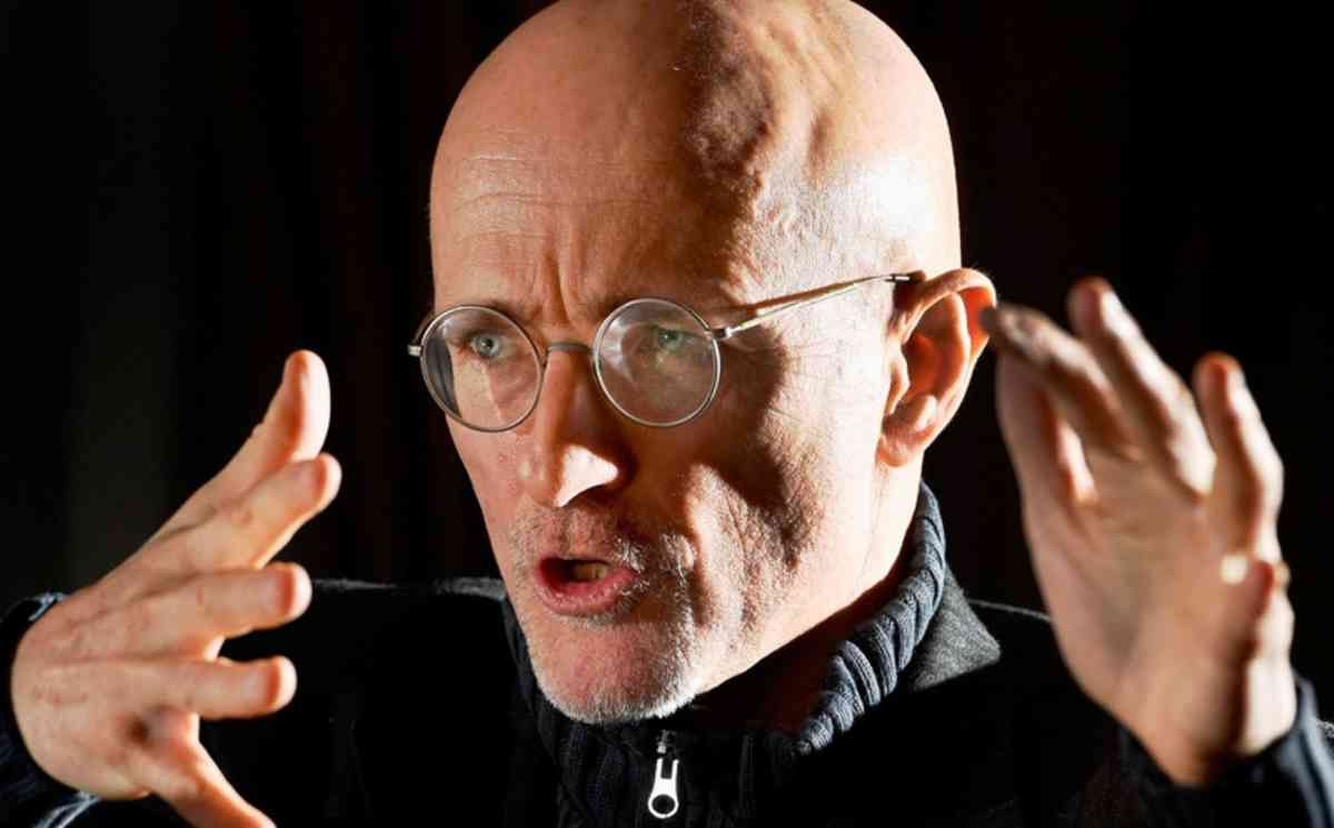 Italian surgeon who is definitely not a supervillain says he just completed the first human head transplant
