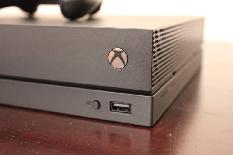 Xbox One X 2019