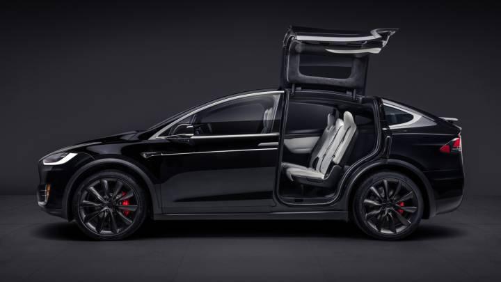 Tesla Model X Autopilot crash 2018