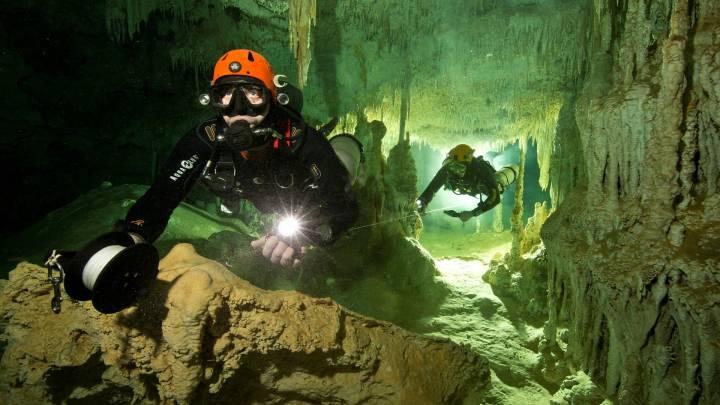 Biggest underwater cave discovered