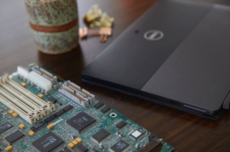 Dell Gold Jewelry