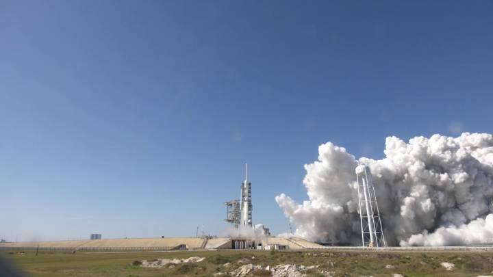 SpaceX Falcon Heavy launch date