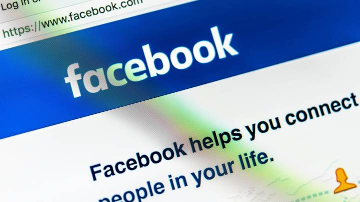 Facebook FTC investigation share price