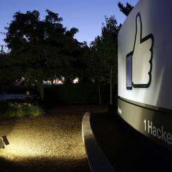 Facebook TBH App Shut Down
