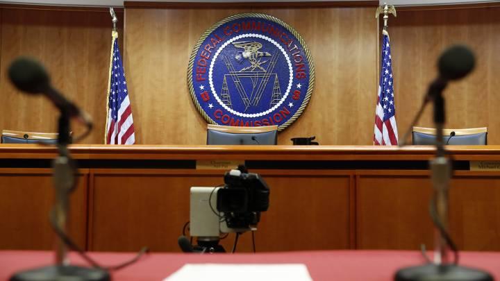 FCC Complaint: internet service provider fee