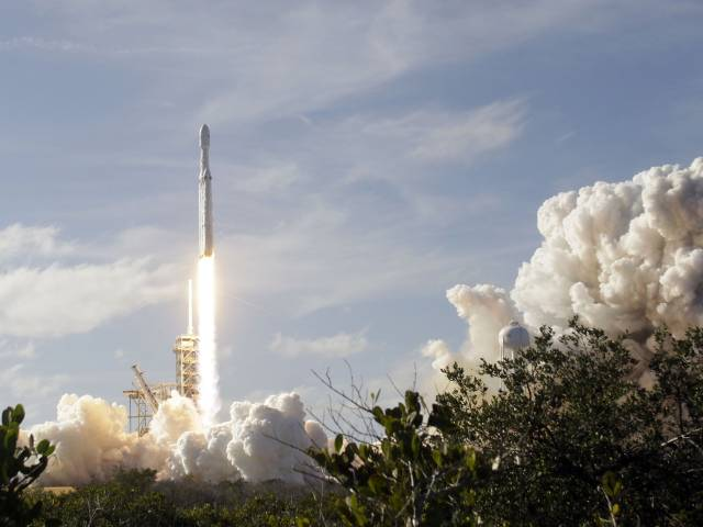 spacex live stream