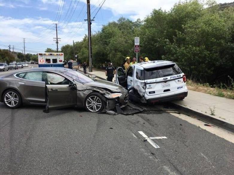 Tesla Autopilot crash in Laguna Beach