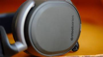 SteelSeries Arctis Pro Wireless best wireless headset review