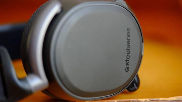 SteelSeries Arctis Pro Wireless best wireless headset review