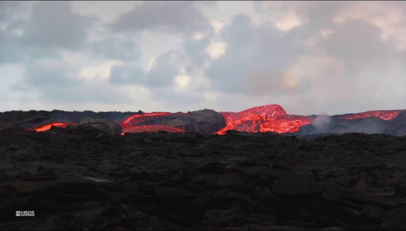 Hawaii volcano eruption lava video