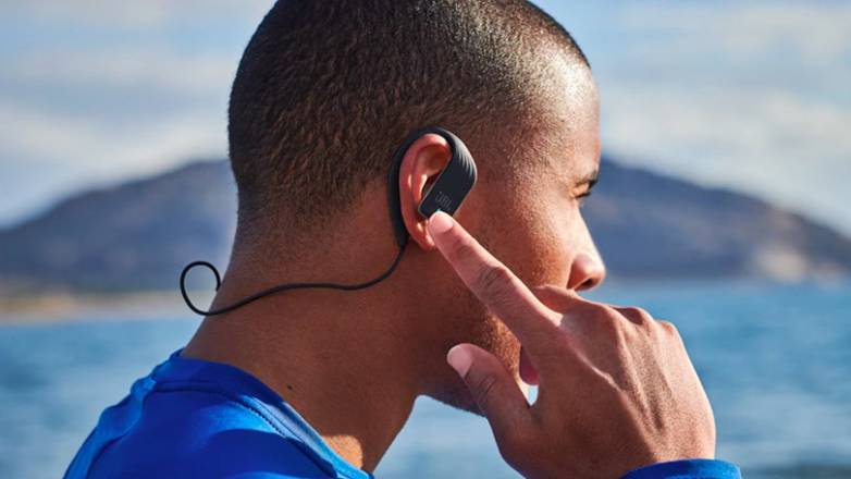 Jbl Endurance Sprint Review The Workout Headphones You Wish Your Airpods Would Be Bgr