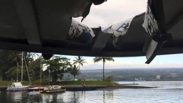 Hawaii Kilauea eruption tour boat