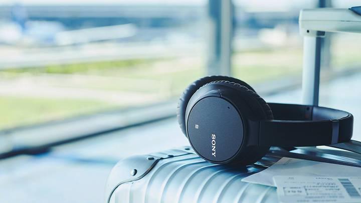 Best Cyber Week Headphone Deals